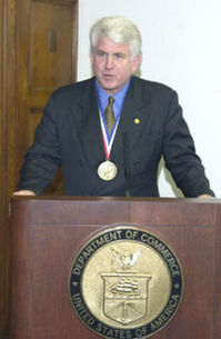 MetcalfeRobert_National_Medal_of_Technology.jpg