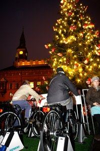 CopenhagenPedalPoweredXmasTree2010-01-23.jpg