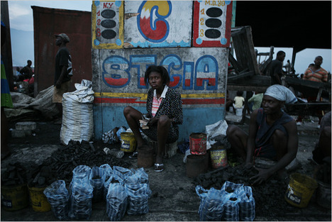 HaitianCoalVendors2011-02-02.jpg