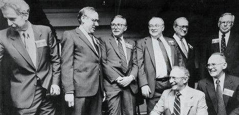 FairchildSemiconductorFoundersIn1988.jpg